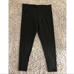 Black Victoria Secrets leggings